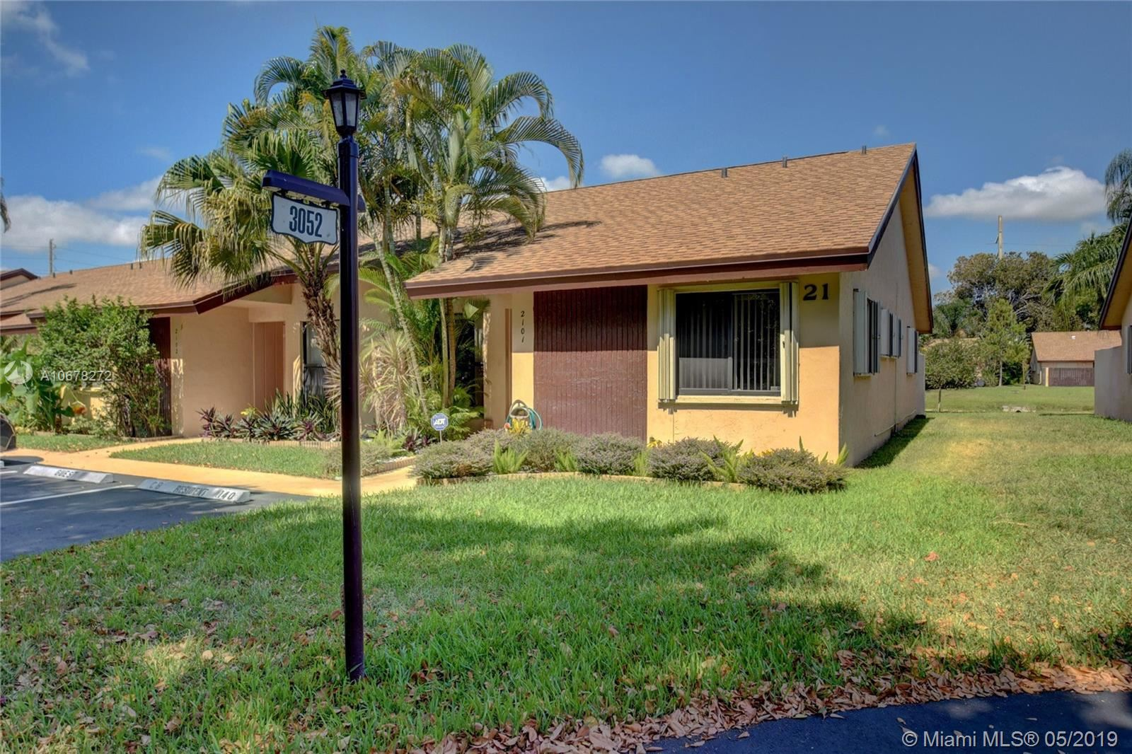 Photo of 3052 S Oakland Forest Dr #2101, Oakland Park, FL 33309 (MLS # A10678272)