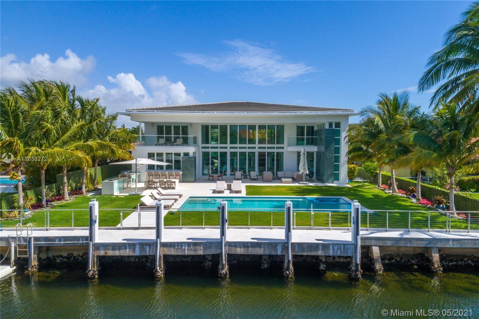 Photo of 431 Alamanda Dr, Hallandale Beach, FL 33009 (MLS # A11038272)