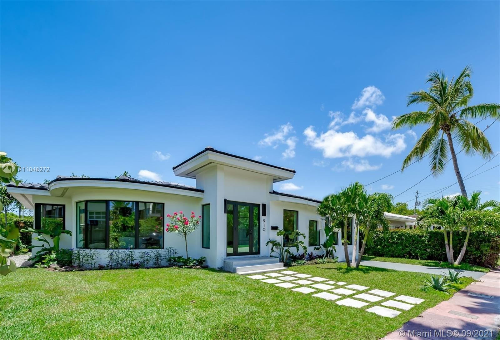 910 W 43rd Ct, Miami Beach, FL 33140 - #: A11048272