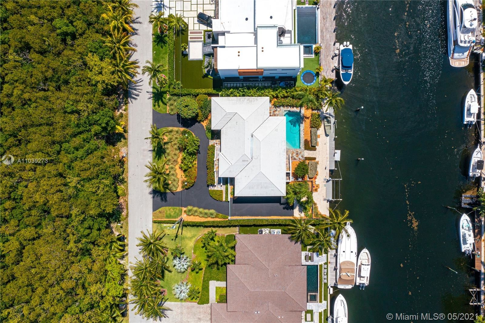 Photo of 930 Lugo Ave, Coral Gables, FL 33156 (MLS # A11039273)
