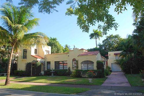 Photo of 522 Alhambra Cir, Coral Gables, FL 33134 (MLS # A11006275)
