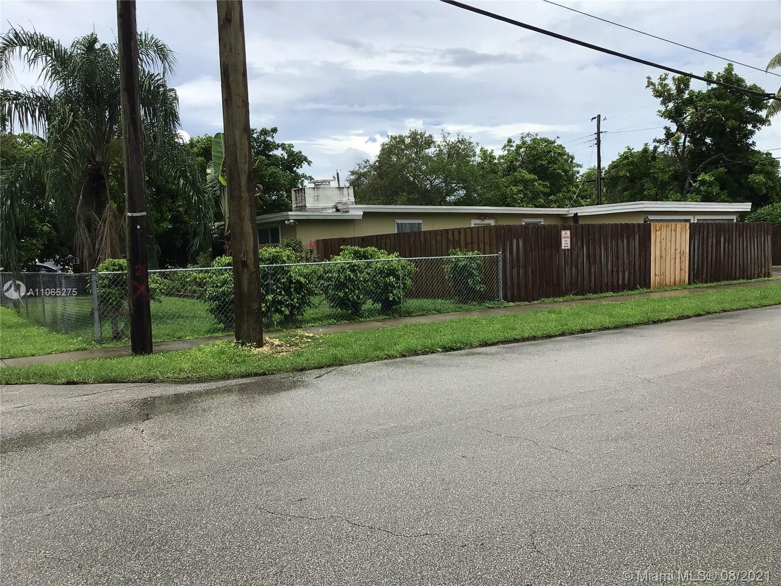 6240 Funston St, Hollywood, FL 33023 - #: A11065275