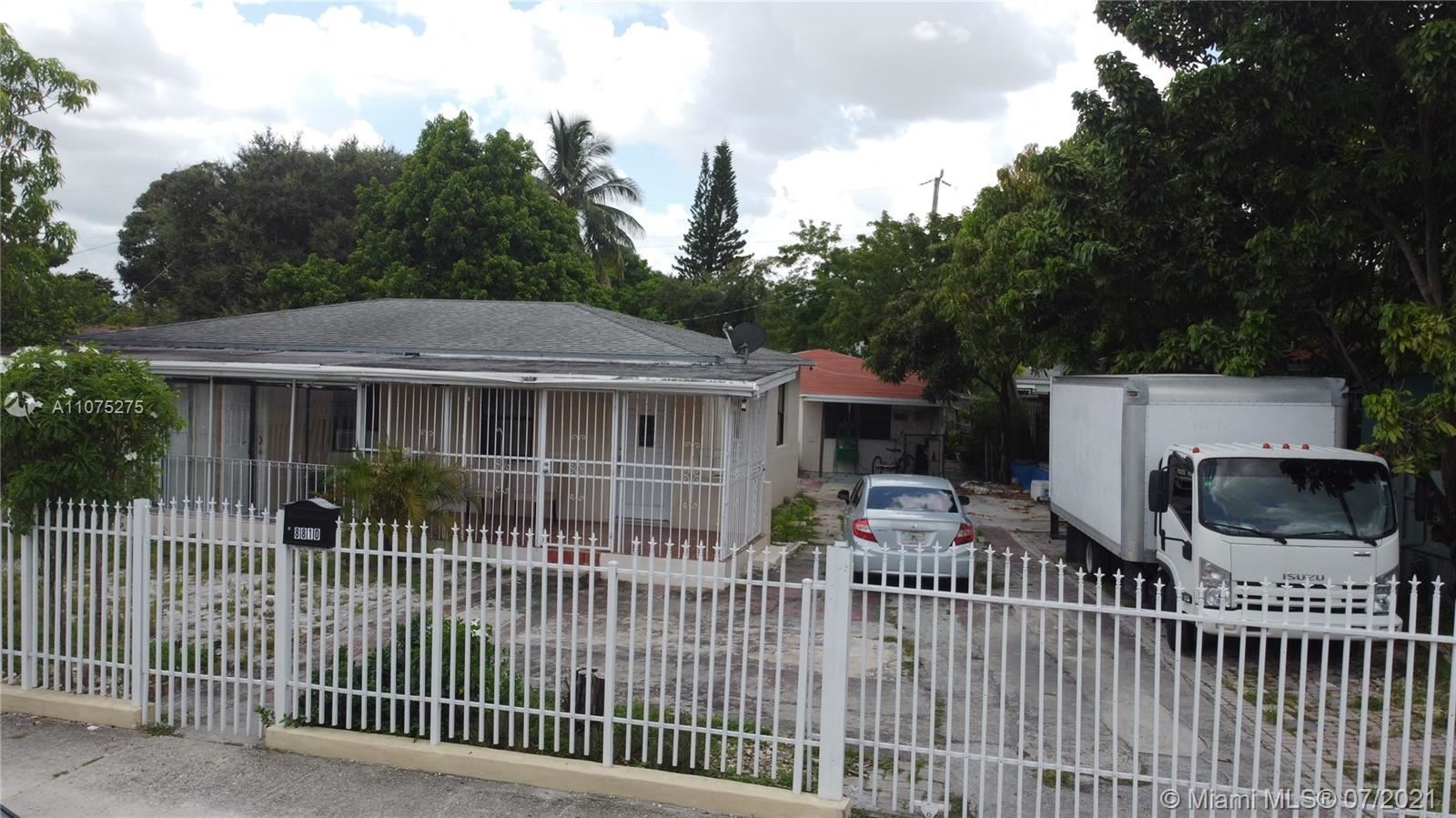 8810 NW 32nd Ct, Miami, FL 33147 - #: A11075275