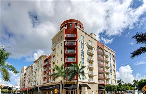 Foto de inmueble con direccion 7290 SW 90th St #208 Miami FL 33156 con MLS A10669276