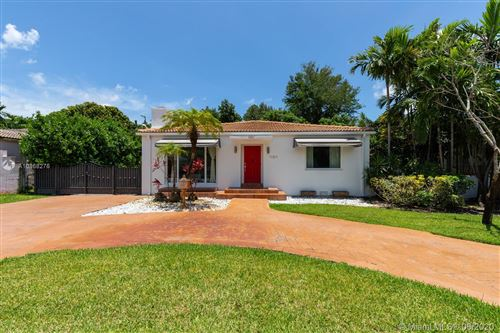 Photo of 11811 NE 6th Ave, Biscayne Park, FL 33161 (MLS # A10868276)