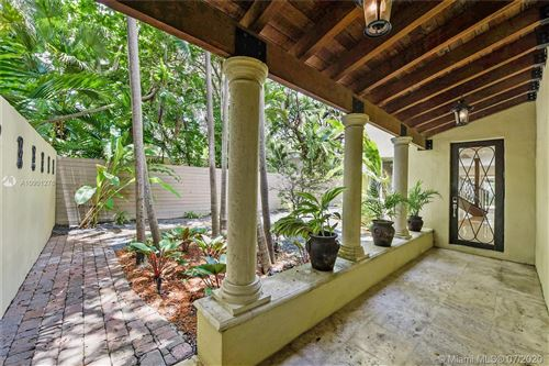 Photo of Listing MLS a10901276 in 2325 Lincoln Ave Miami FL 33133