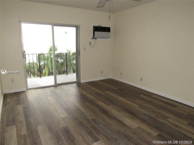 Photo of 3000 Riomar St #510, Fort Lauderdale, FL 33304 (MLS # A11041276)