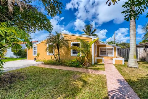 Photo of 3211 Cleveland Street, Hollywood, FL 33021 (MLS # A11109277)