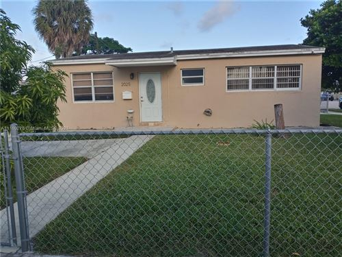 Photo of 2025 W 3rd Ave, Hialeah, FL 33010 (MLS # A11110278)