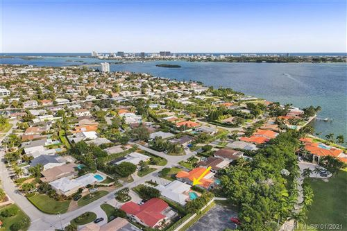 Photo of 11530 N Bayshore Dr, North Miami, FL 33181 (MLS # A10974279)
