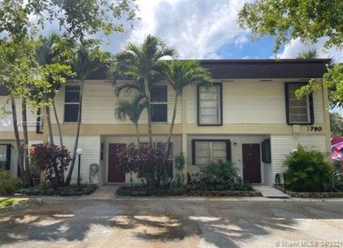 Photo of 2750 N 34th Ave #9G, Hollywood, FL 33021 (MLS # A11026279)
