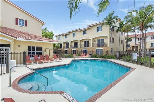 Foto de inmueble con direccion 758 NE 90th St #512 Miami FL 33138 con MLS A10914281