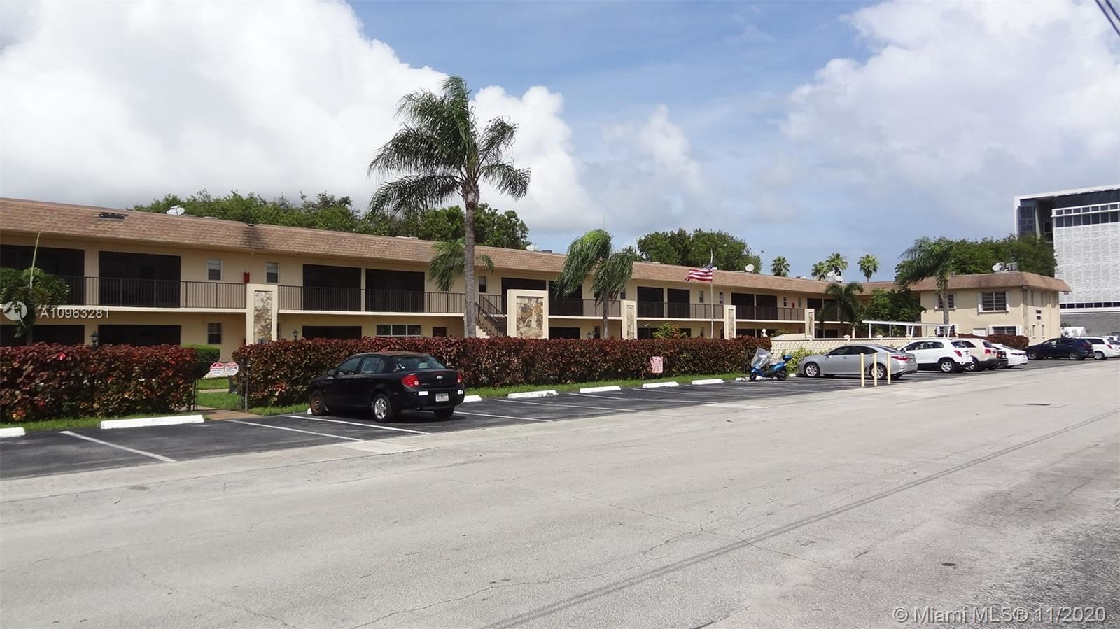 Photo of 421 NE 1st St #119, Hallandale Beach, FL 33009 (MLS # A10963281)