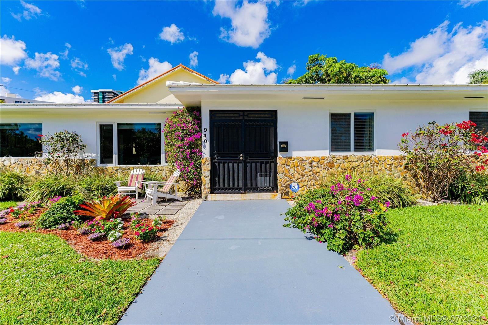 940 NE 71st St, Miami, FL 33138 - #: A11018281