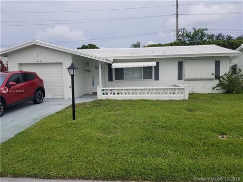 Photo of 110 SW 8th Pl, Boynton Beach, FL 33426 (MLS # A10782282)