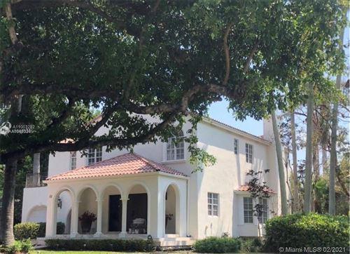 Photo of 289 Las Brisas Ct, Coral Gables, FL 33143 (MLS # A11003282)