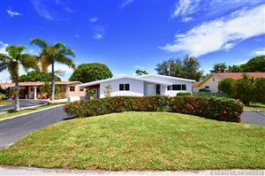 Photo of Listing MLS a10726283 in 6721 Roosevelt St Hollywood FL 33024