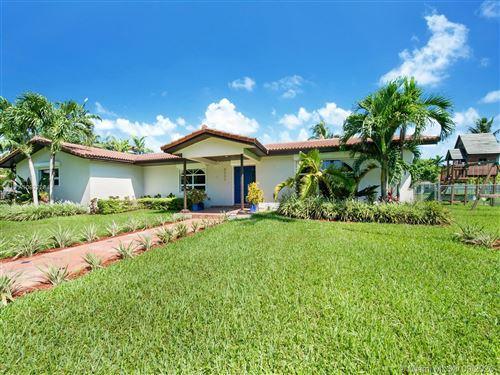Photo of 8005 SW 106th St, Miami, FL 33156 (MLS # A10922284)