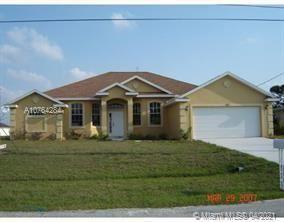 655 SW Backert Ave, Port Saint Lucie, FL 34953 - #: A10764284