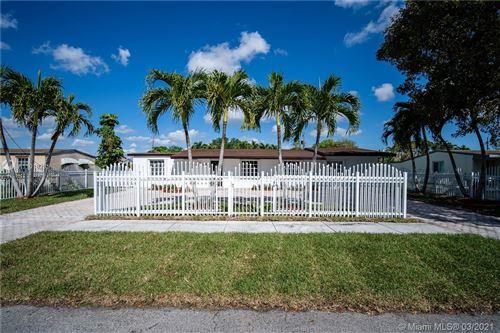 Photo of 5345 SW 99th Ave, Miami, FL 33165 (MLS # A11018285)