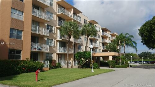 Photo of 500 Executive Center Dr #1N, West Palm Beach, FL 33401 (MLS # A11058285)