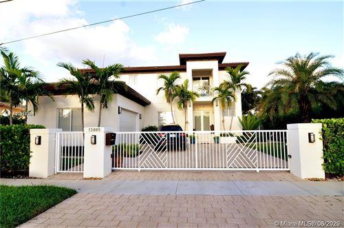 Foto de inmueble con direccion 13085 Ortega North Miami FL 33181 con MLS A10914286