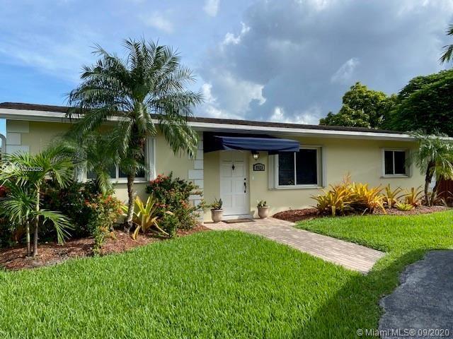 9523 SW 79th Ter, Miami, FL 33173 - #: A10929286