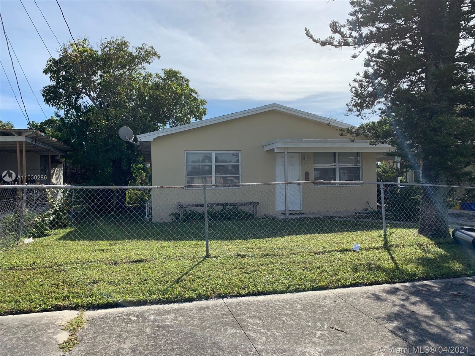 1217 W 34th St, Riviera Beach, FL 33404 - #: A11030286