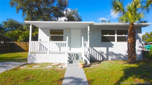 Photo of Listing MLS a10806287 in 6405 Meade St Hollywood FL 33024
