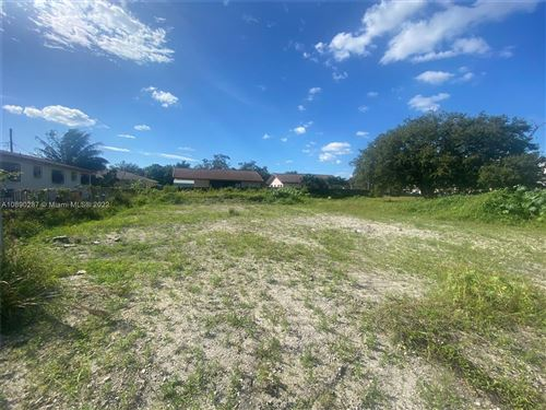 Photo of Listing MLS a10890287 in 170 NW Terrace Miami Gardens FL 33056
