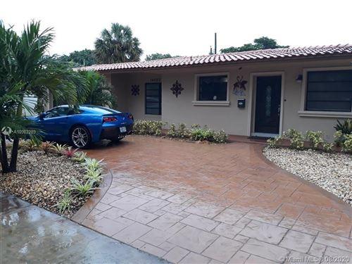 Foto de inmueble con direccion 14007 Lake George Ct Miami Lakes FL 33014 con MLS A10902289