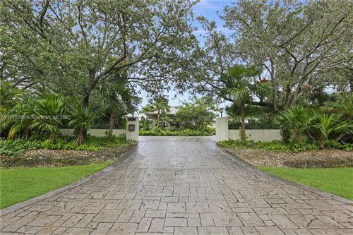Photo of 16555 SW 91st Ave, Palmetto Bay, FL 33157 (MLS # A11100289)