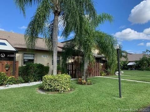 Photo of 14115 Nesting Way #D, Delray Beach, FL 33484 (MLS # A10881290)