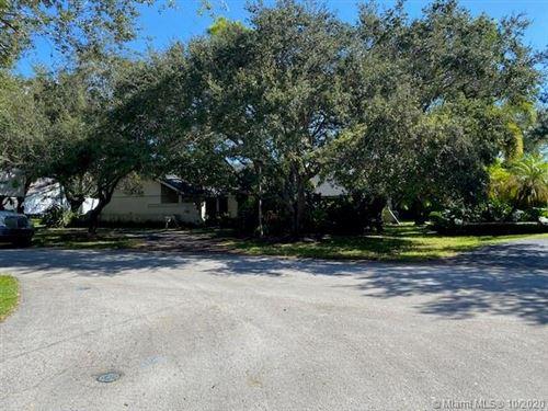 Photo of 16505 SW 74th Ct, Palmetto Bay, FL 33157 (MLS # A10937290)