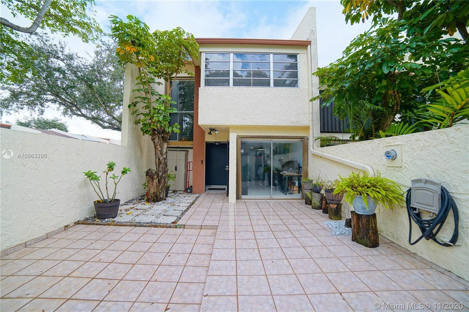 Miami, FL 33173