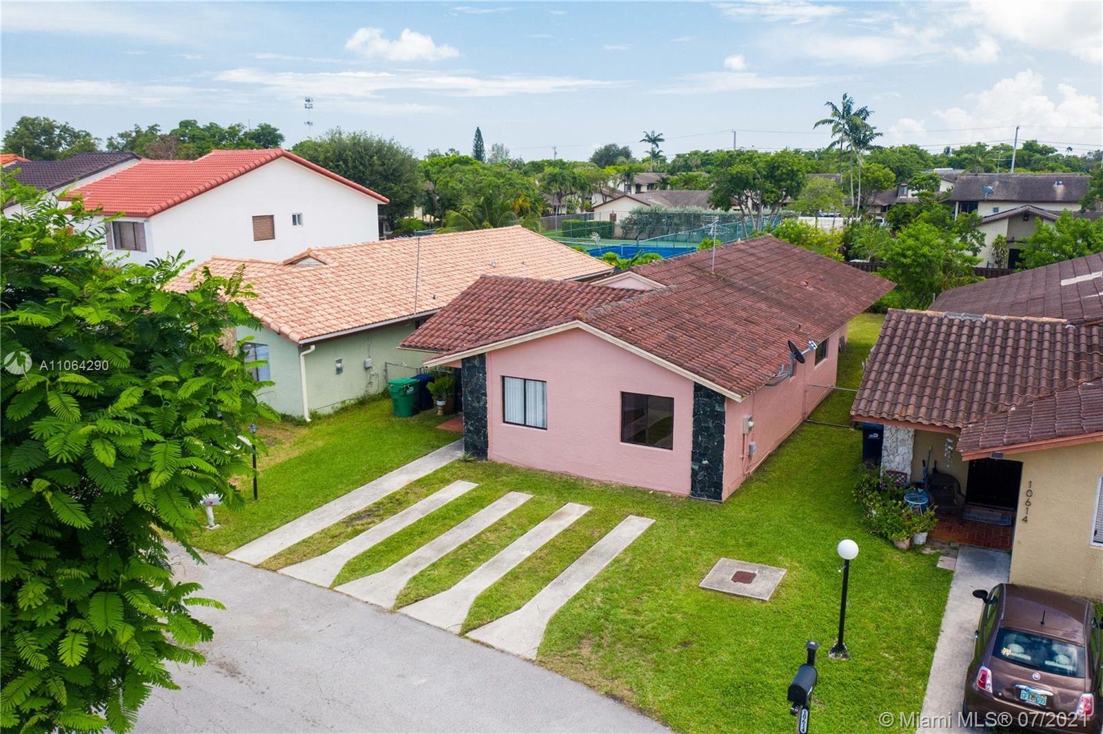 10610 SW 69th Ter, Miami, FL 33173 - #: A11064290