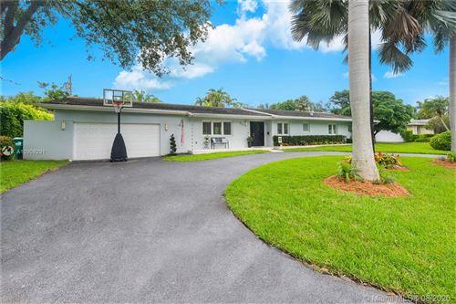 Photo of 5527 SW 87 St, Miami, FL 33143 (MLS # A10908291)