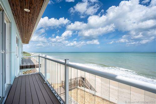 Photo of 9586 Doubloon Dr, Vero Beach, FL 32963 (MLS # A10944291)