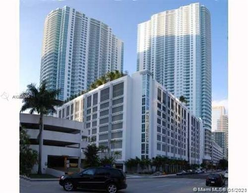 Photo of 951 Brickell Ave #1907, Miami, FL 33131 (MLS # A10991291)