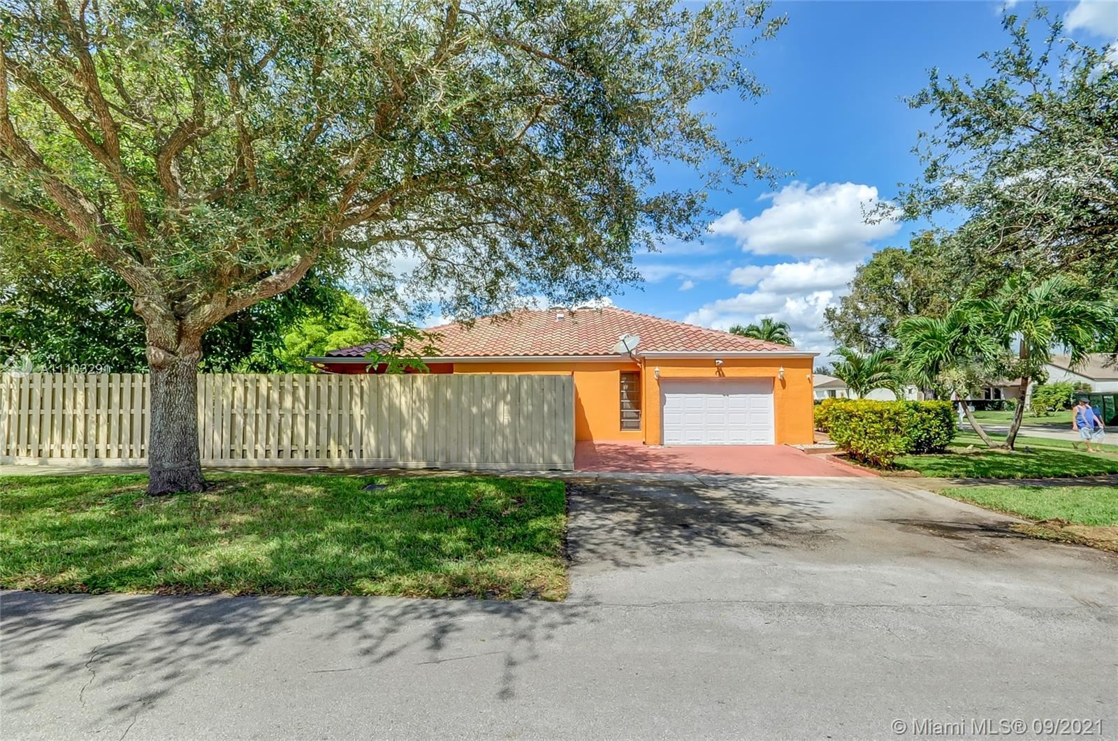 Photo of 4997 SW 95th Ave, Cooper City, FL 33328 (MLS # A11103291)