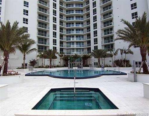 Photo of 300 S Biscayne Blvd #T-3711, Miami, FL 33131 (MLS # A10864292)