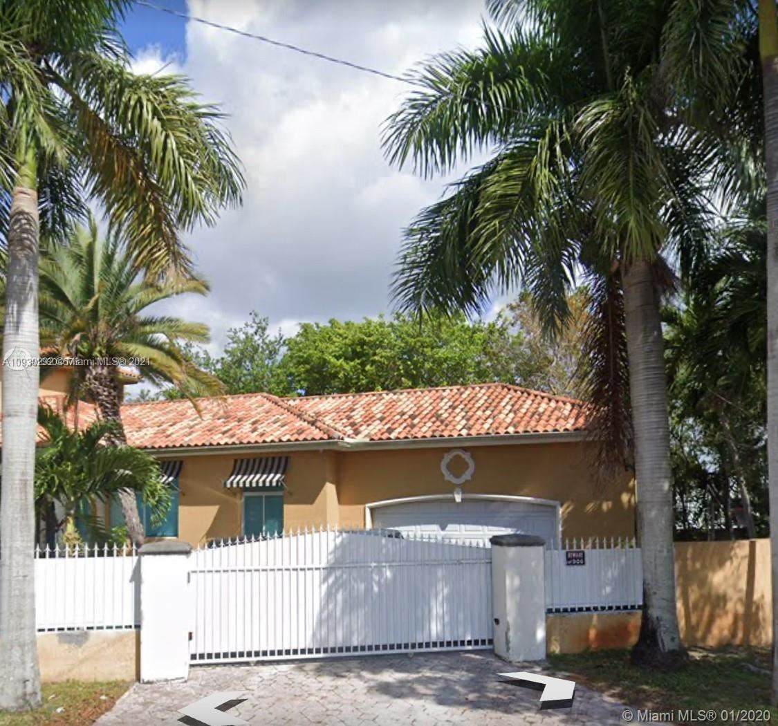 12141 Walsh Blvd, Miami, FL 33184 - #: A10930292