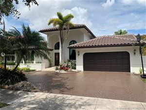 Photo of Listing MLS a10726294 in 16503 NW 83 Pl Miami Lakes FL 33016