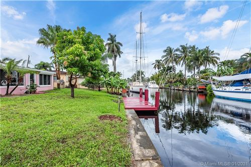 Photo of 917 Mandarin Isle, Fort Lauderdale, FL 33315 (MLS # A10942295)