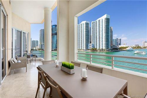 Photo of 848 Brickell Key Dr #506, Miami, FL 33131 (MLS # A11019295)