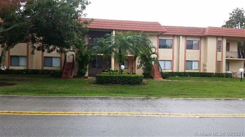 Photo of 164 Lakeview Dr #103, Weston, FL 33326 (MLS # A11094295)