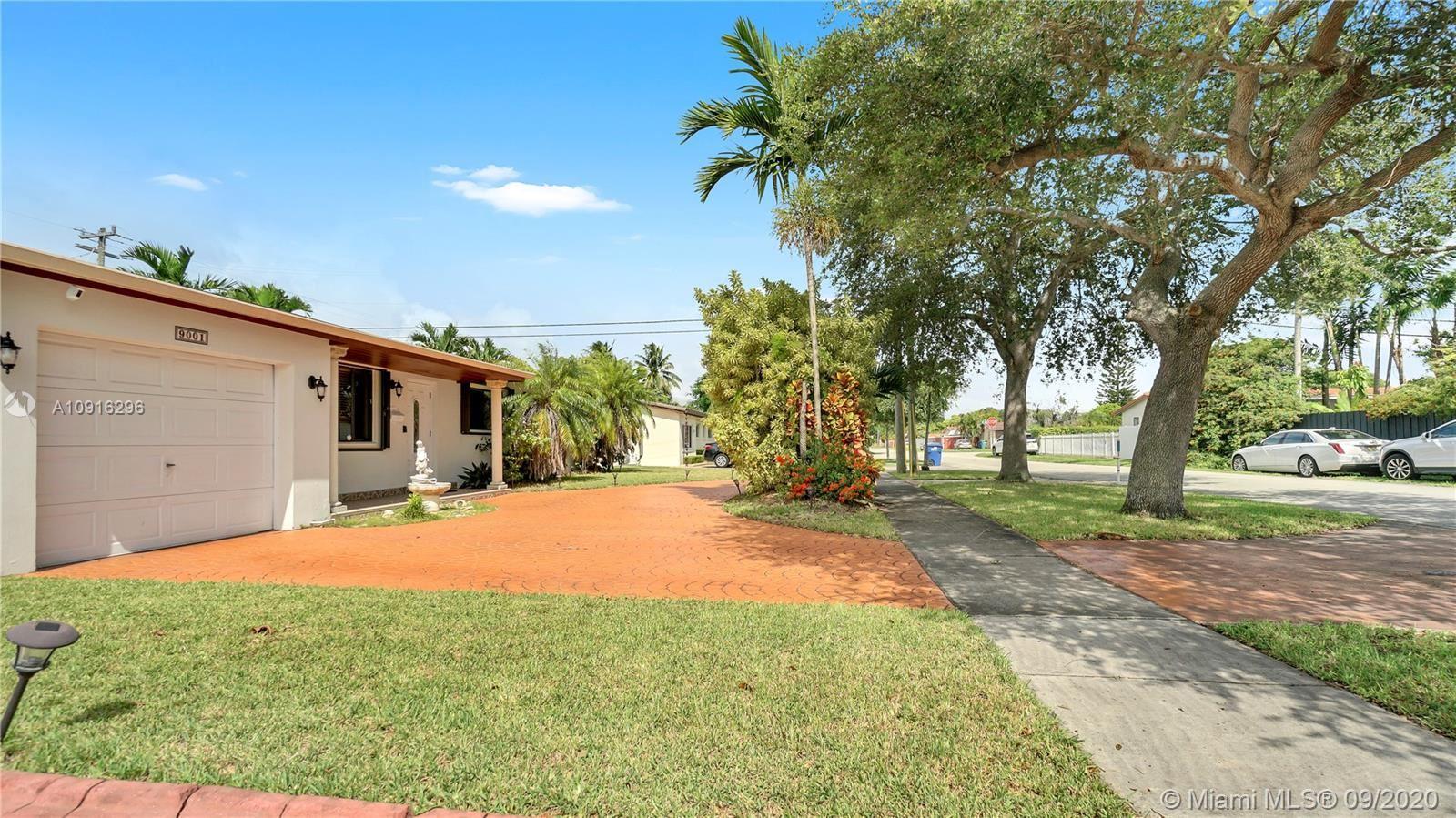 9001 SW 52nd St, Miami, FL 33165 - #: A10916296