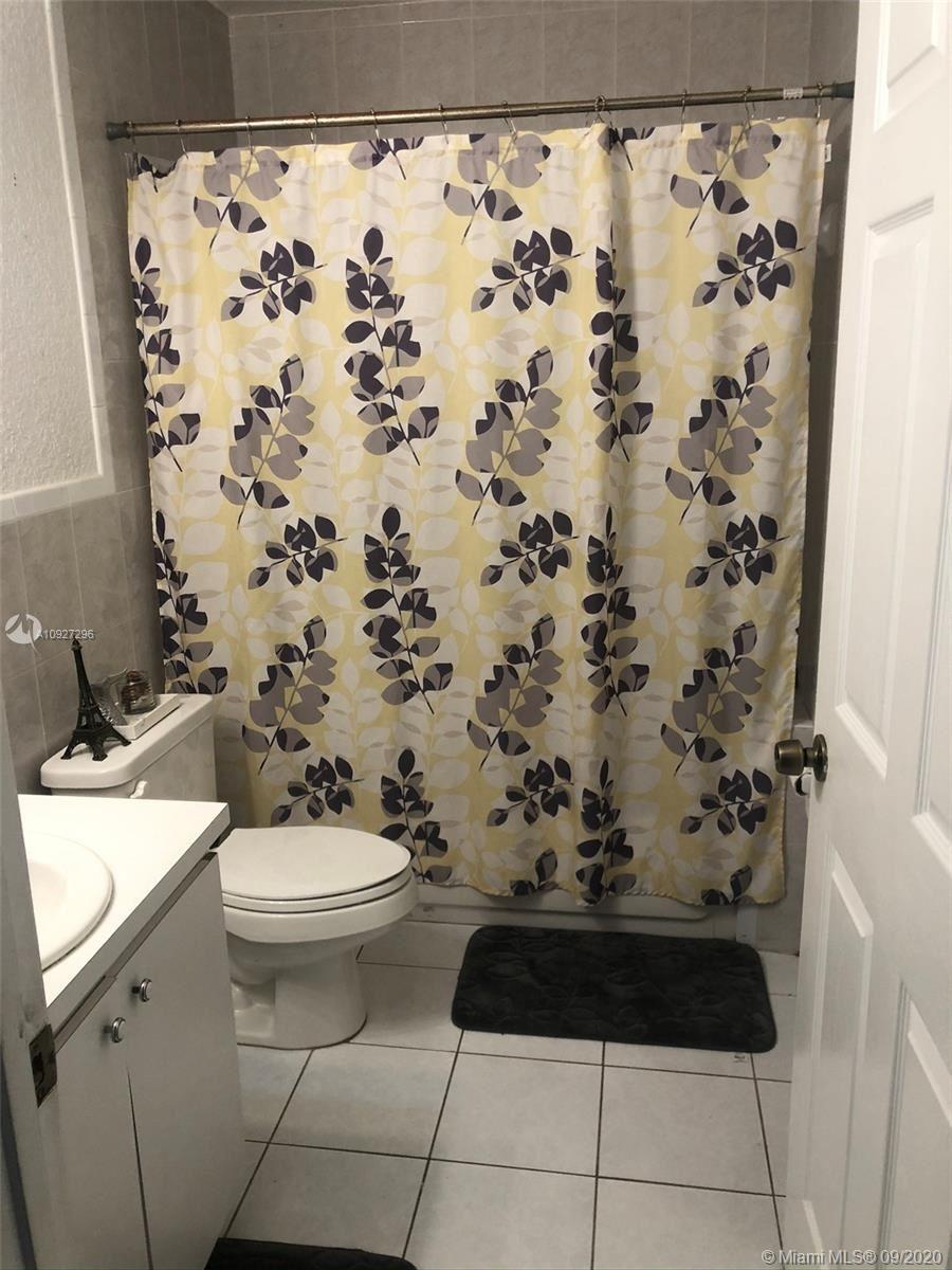 Photo of 6032 SW 38th St, Miramar, FL 33023 (MLS # A10927296)