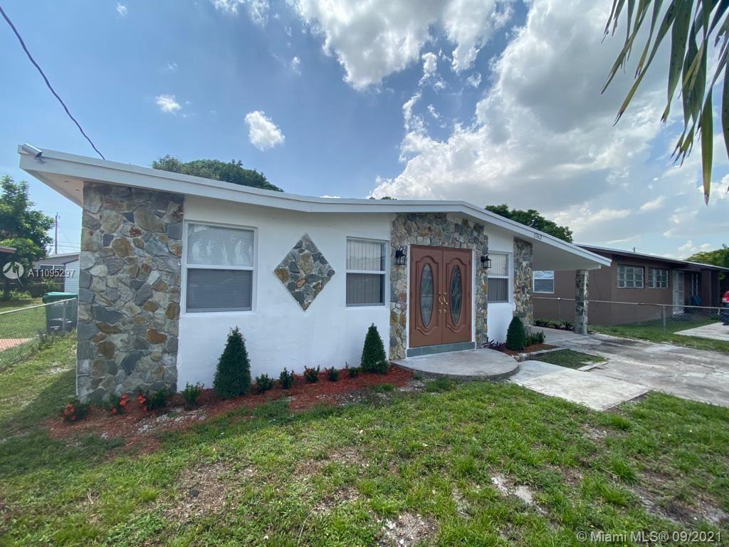 1762 NW 154th St, Miami Gardens, FL 33054 - #: A11095297