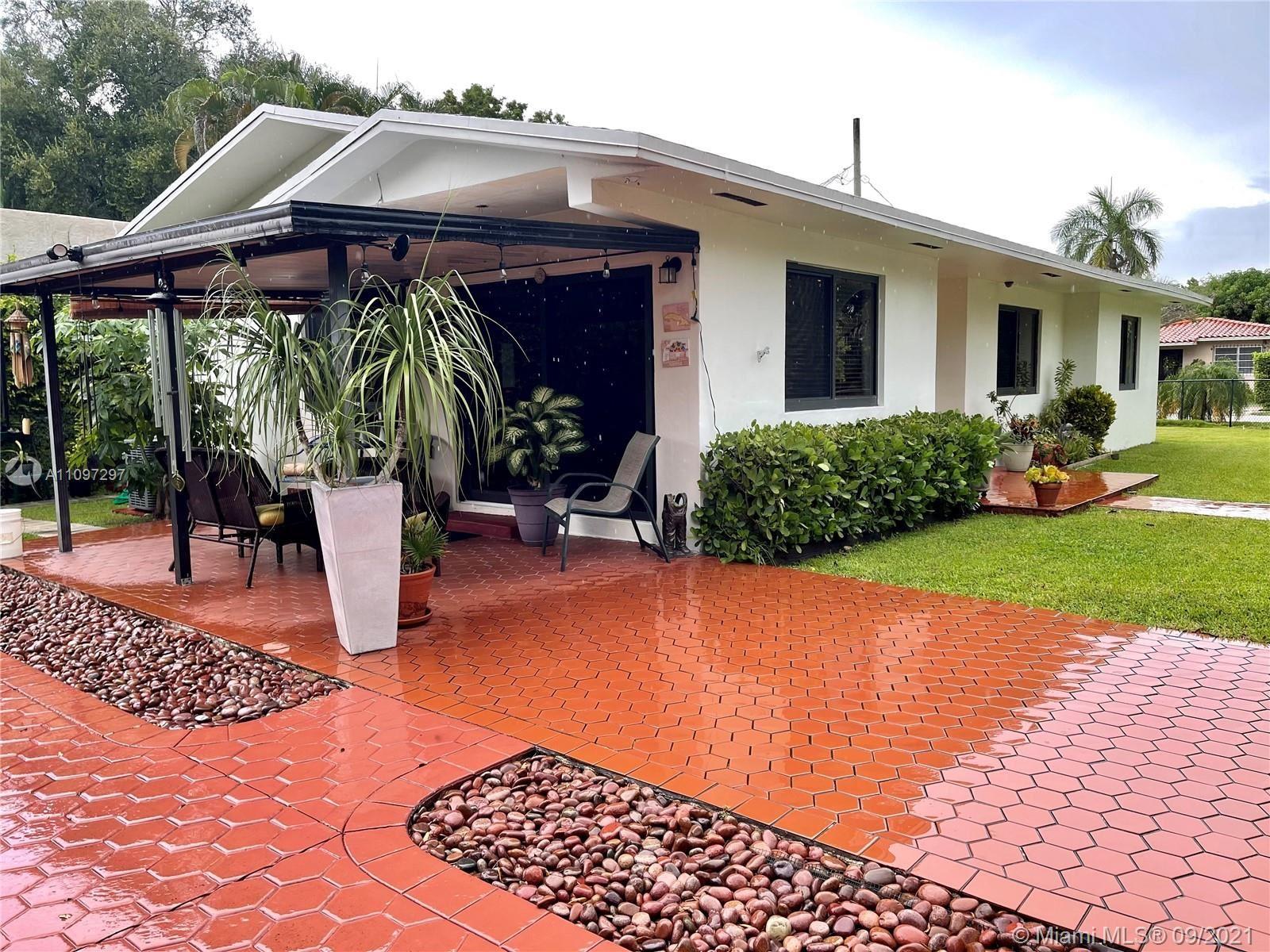 1340 SW 40th Ave, Miami, FL 33134 - #: A11097297